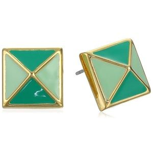 T Tahari green pyramid studs